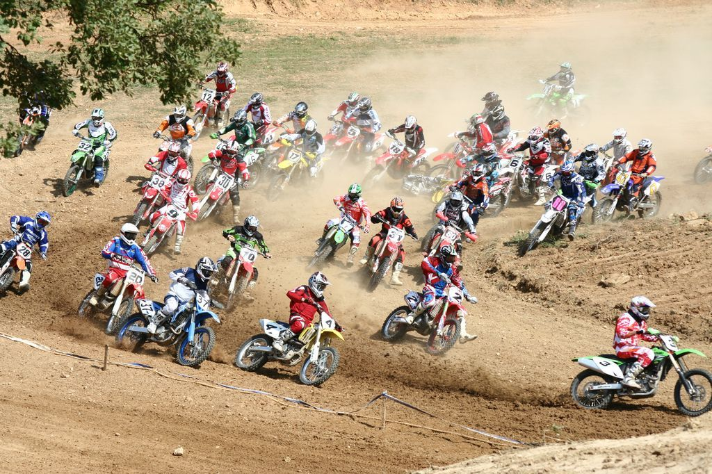 LG-SB Photographie @photographeamontpellier spectacle Moto-cross de Sommiere